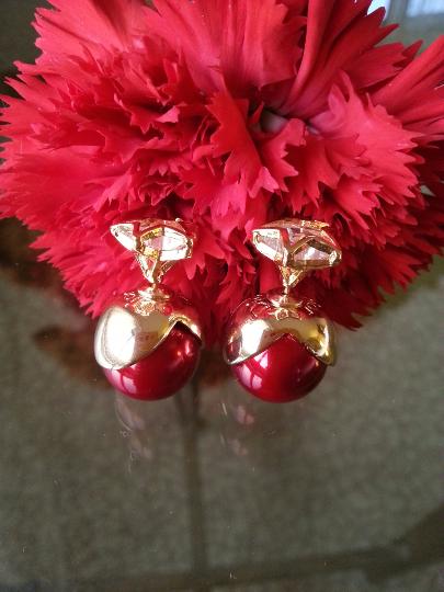 Серьги шары Dior красные глянцевые с золотыми вставками и кристаллами имитация Сваровски, фото 1