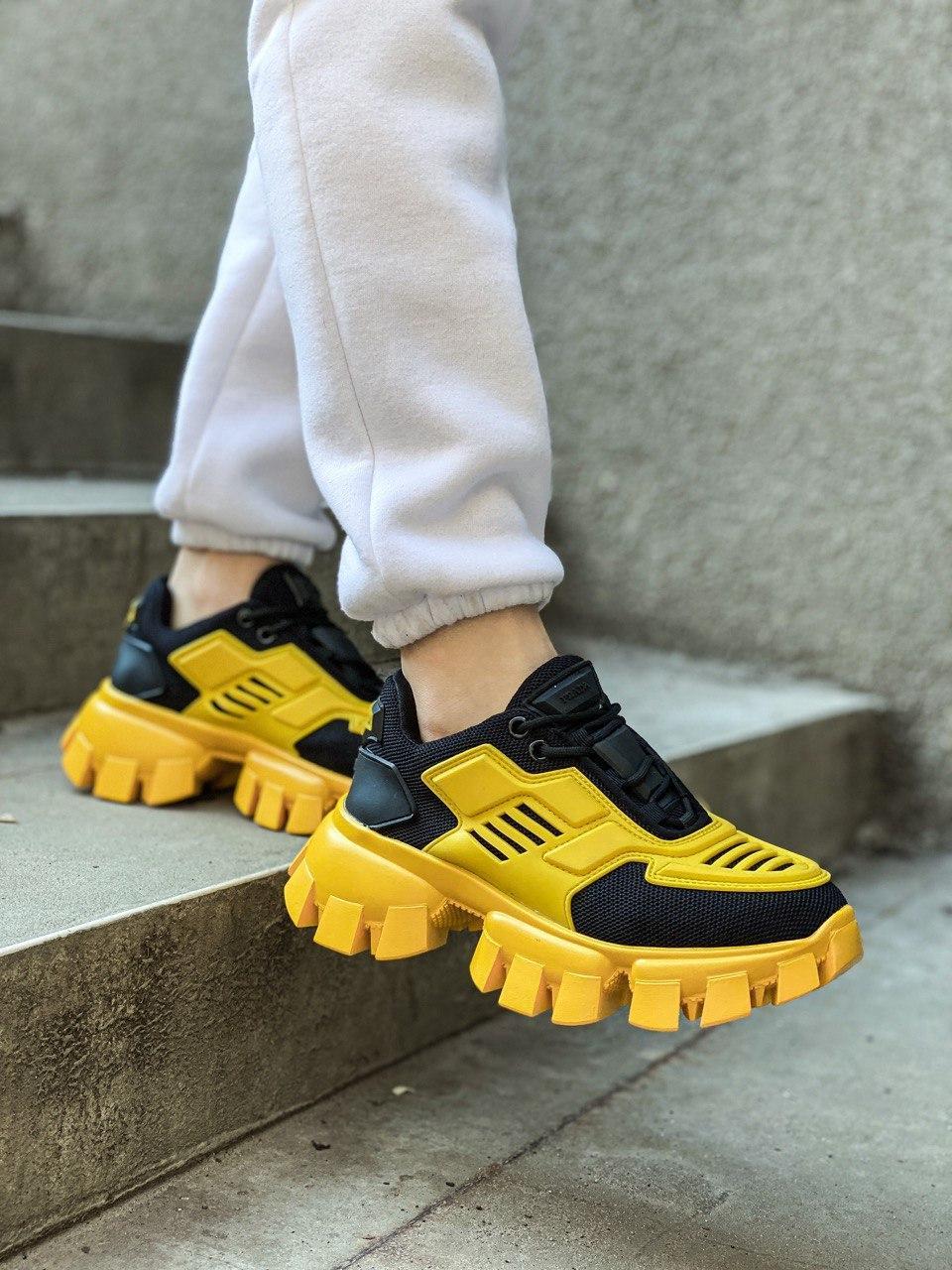Женские кроссовки Prada Cloudbust Sneakers PA100 желто-черные