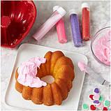 Wilton Набор для выпечки с формой в виде сердца Heart-Shaped Tube Cake Baking and Decorating Set, фото 4