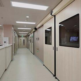 Медичні герметичні двері Manusa