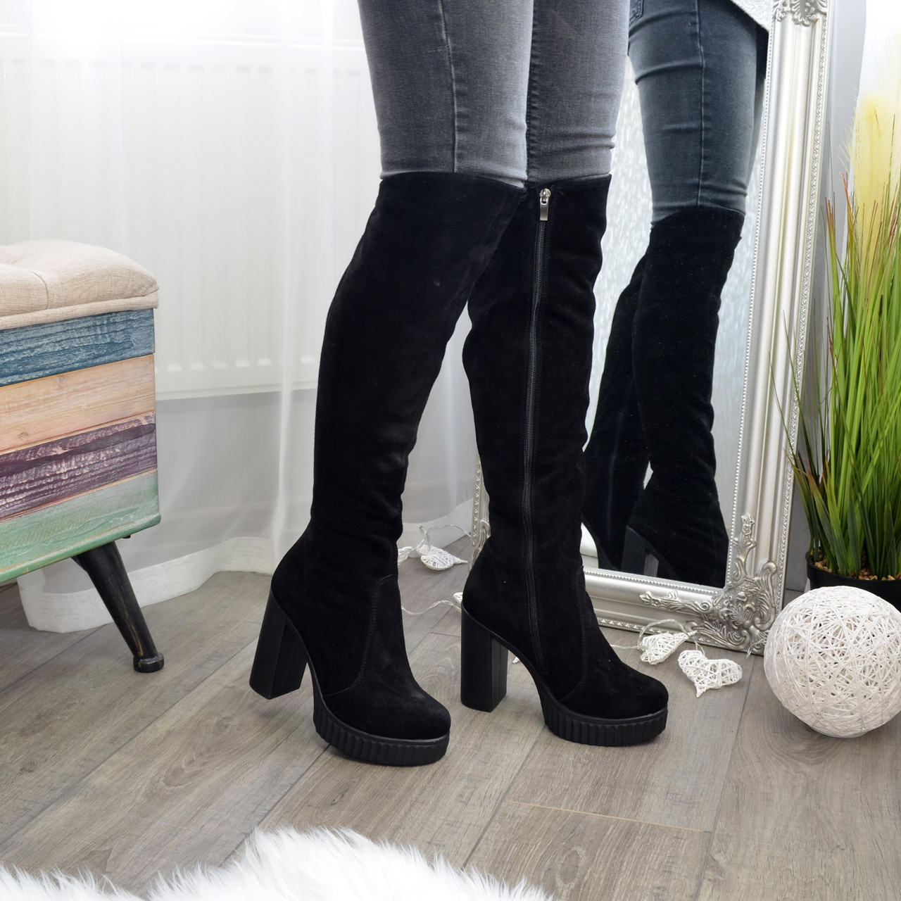 Ботфорты зимние черные замшевые на высоком устойчивом каблуке