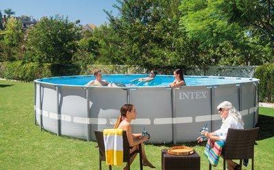 Каркасный бассейн Intex Prism Frame Pool 26720 427 см х 107 см с фильтрующим насосом и аксессуарами
