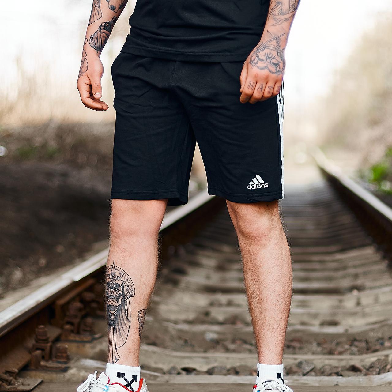 Шорты трикотажные в стиле Adidas Three line черные