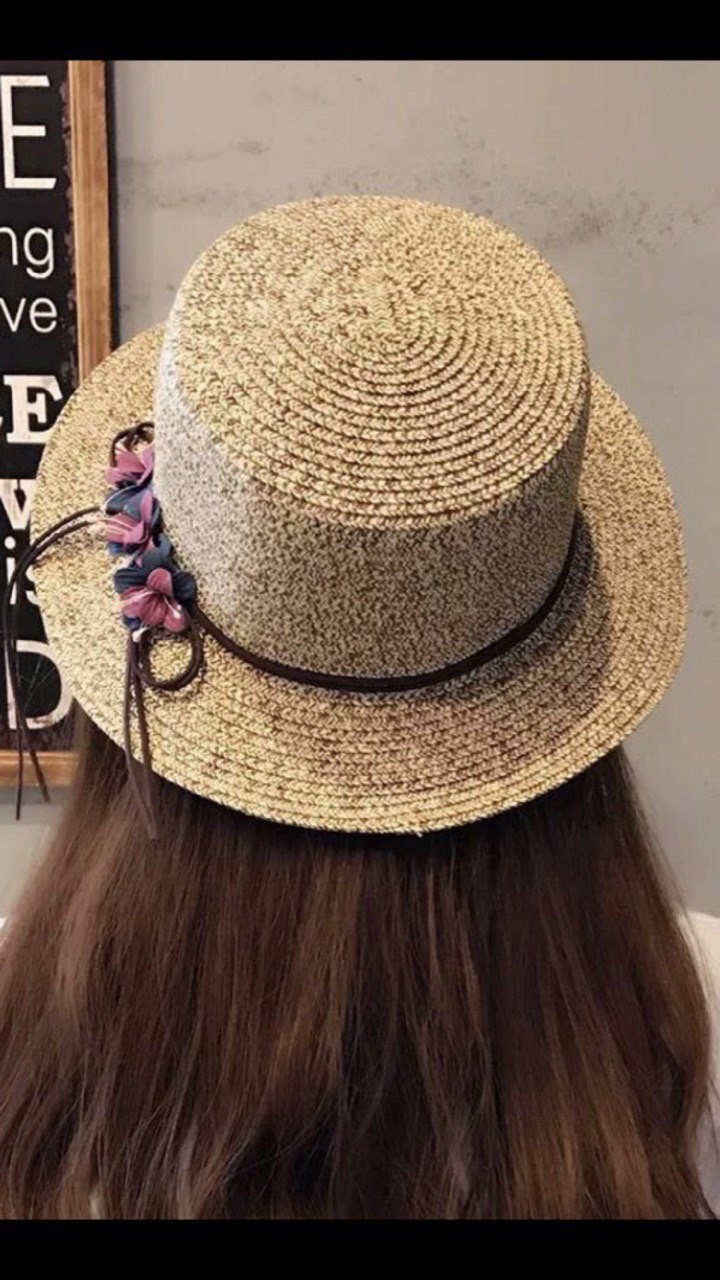 Шляпа женская пляжная с цветами