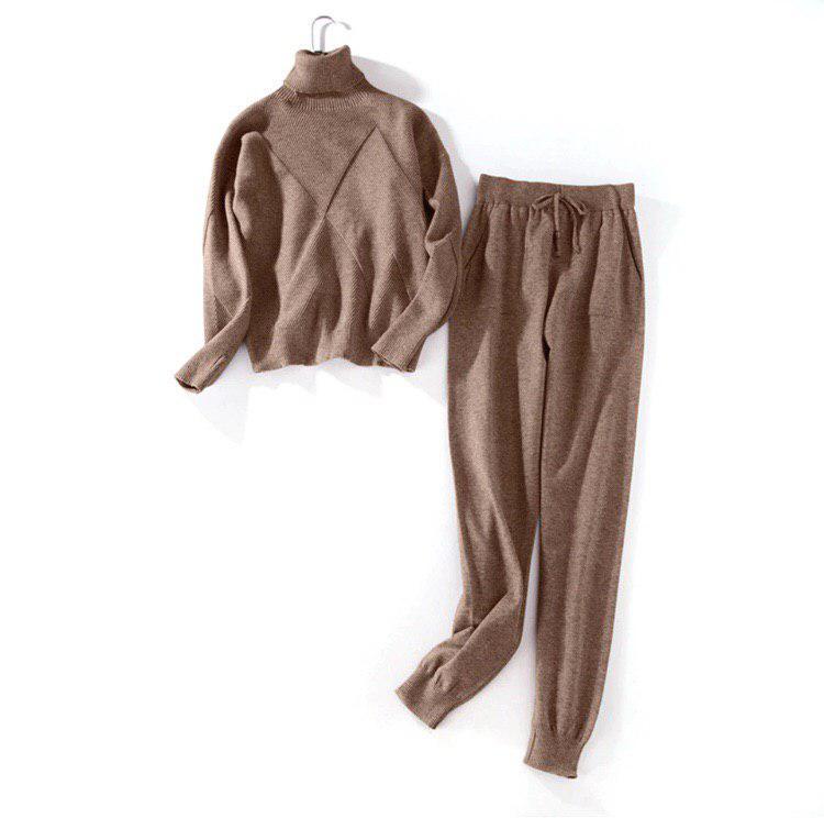 Стильный и теплый женский костюм свитер и штаны коричневый размер S/M опт