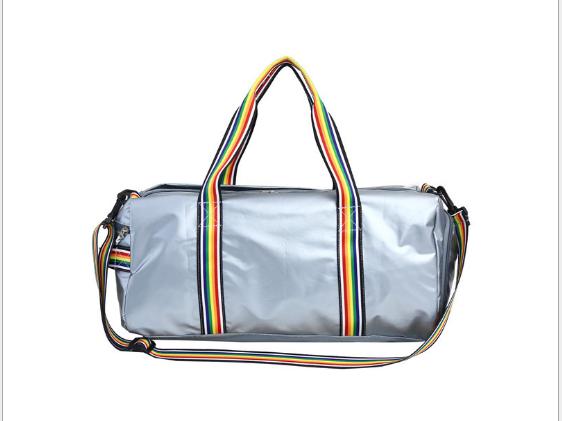 Большая спортивная молодежная сумка с яркими ручками, серебряная, опт