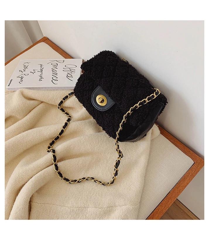 Женская сумка-клатч с искусственным мехом на цепочке, черная