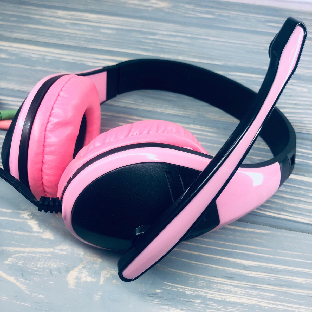 Наушники проводные Akorn OK-1018 с микрофоном Розовый
