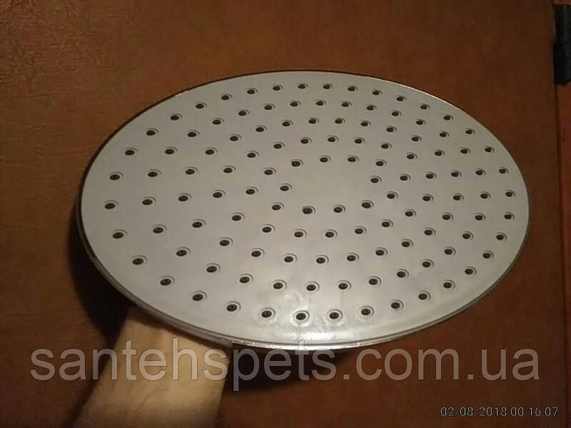 Верхний душ овальный диаметром 20*30 см
