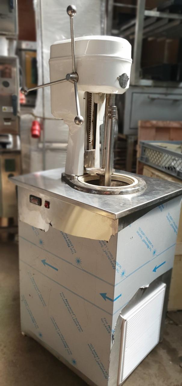 Машина производства мороженного вертикальный фризер GELATO (ДЖЕЛАТО)    UGUR L 16 (Турция)