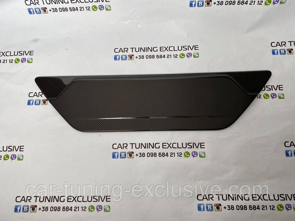 Carbon rear door attachment for Mercedes G-class
