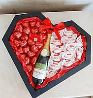 Подарочный набор сердце, подарок девушке, сладкий набор