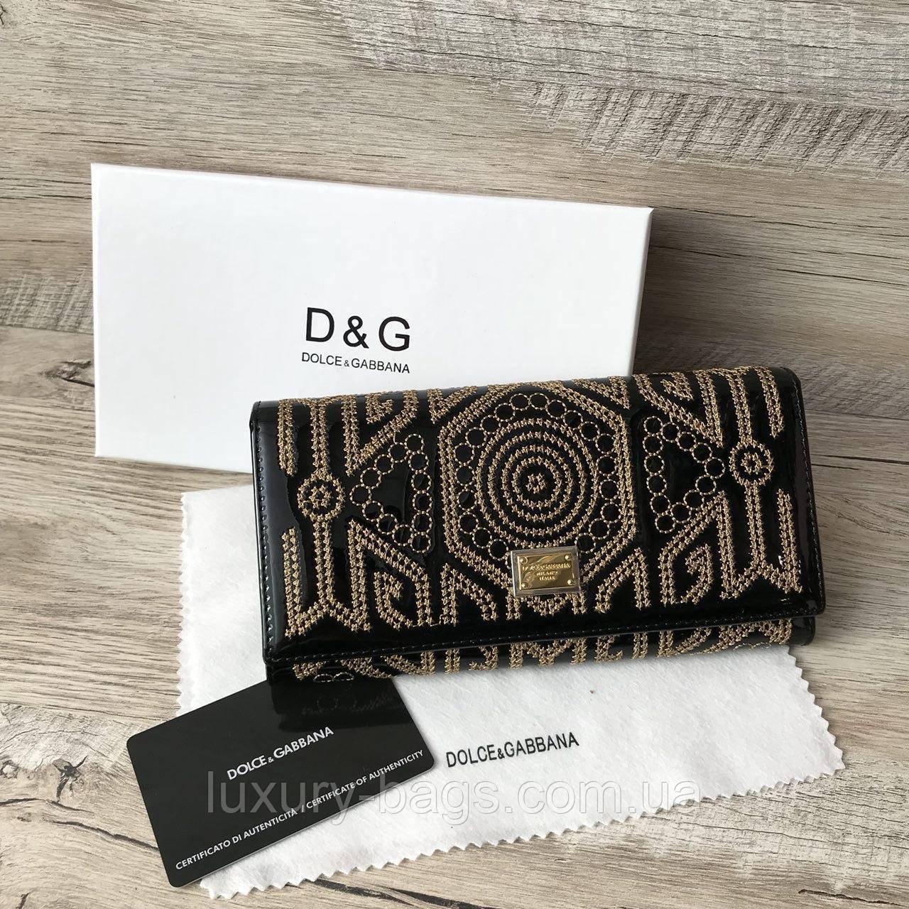 Жіночий шкіряний гаманець з вишивкою Дольче & Габбана
