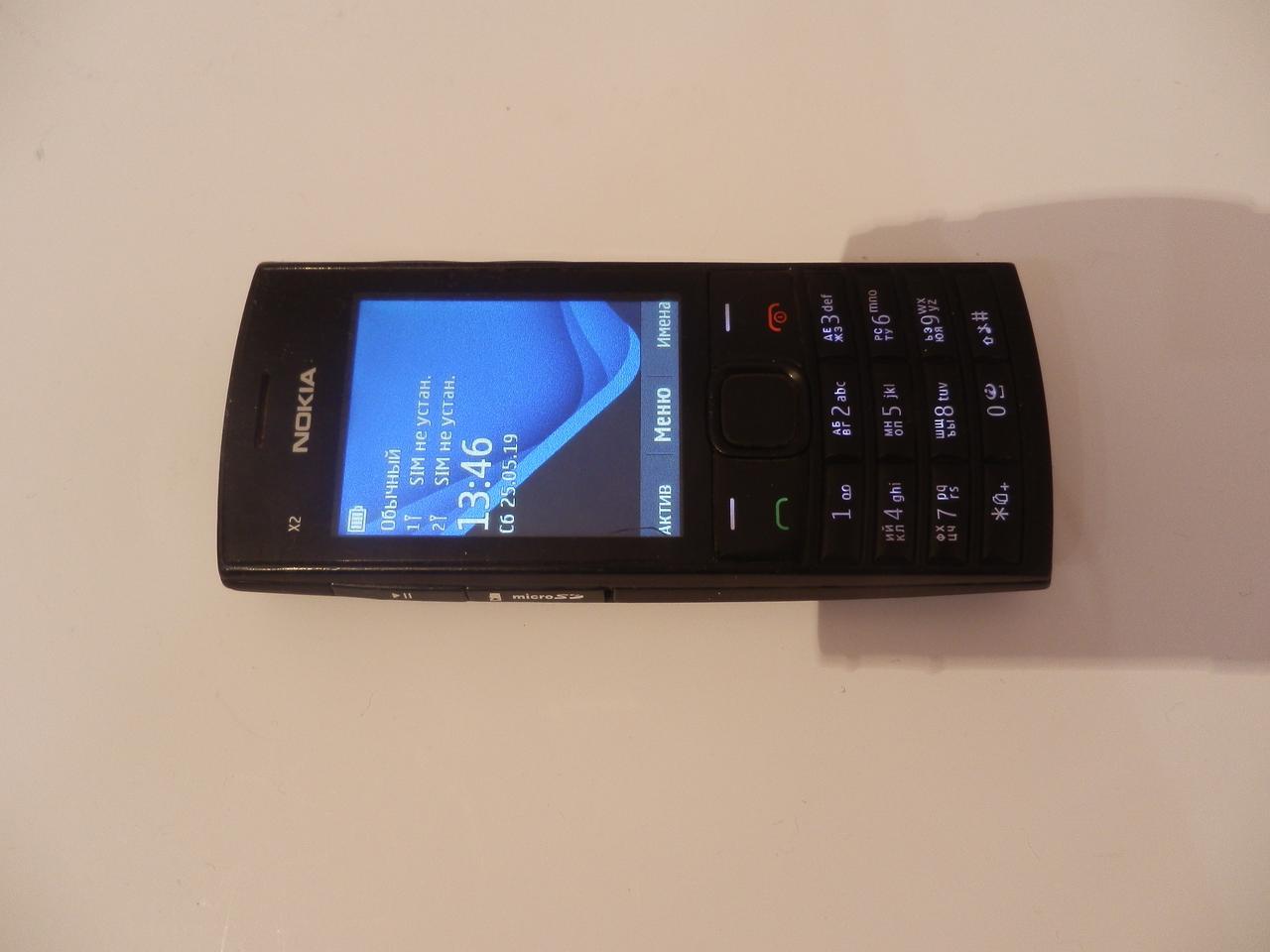 Мобильный телефон Nokia X2-02 №7363