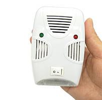 Ультразвуковий відлякувач шкідників SUNROZ Pest Repelling Aid гризунів, літаючих комах та комарів (4919)