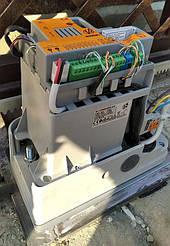 Встановлення автоматики розсувних воріт V2 у селі Бережани 8