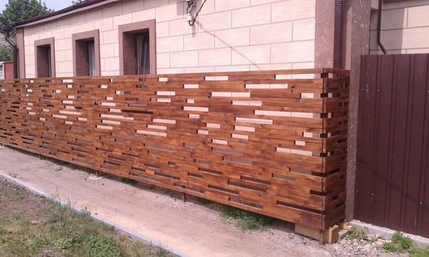 Деревянный забор на Холодной горе!