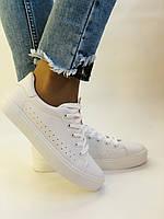 Стильні жіночі кеди-кросівки білі з перфорацією. 36 37 38 40 41 Vellena, фото 5