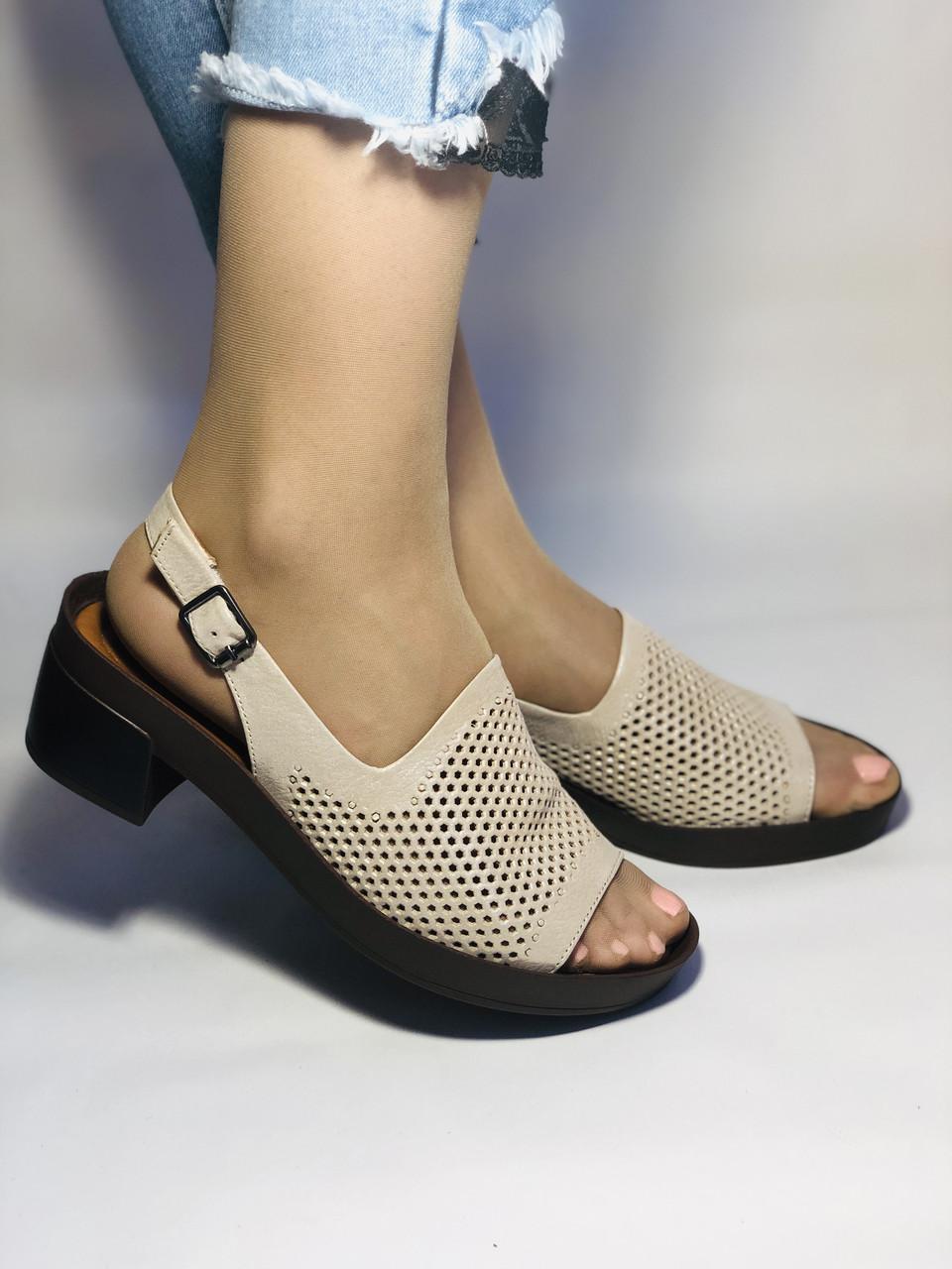 Женские босоножки на невысоком каблуке. 36, 38. Турция.Vellena