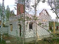 Кладка стены из газобетонных блоков в Киеве