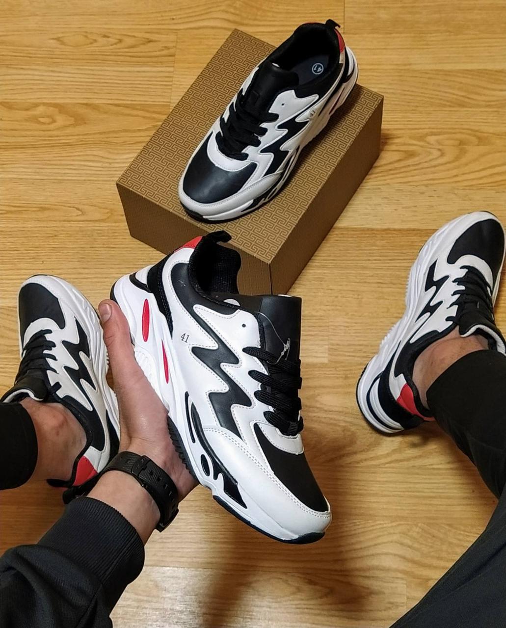 Кроссовки черно-белые от  NIKE (реплика ТОР ААА+)  весна- осень (42 43,44 размер)