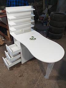 Маникюрный столик V454