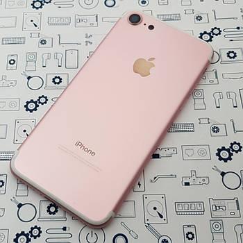 Крышка Apple iPhone 7 розовая со стеклом камеры и кнопками Оригинал с разборки