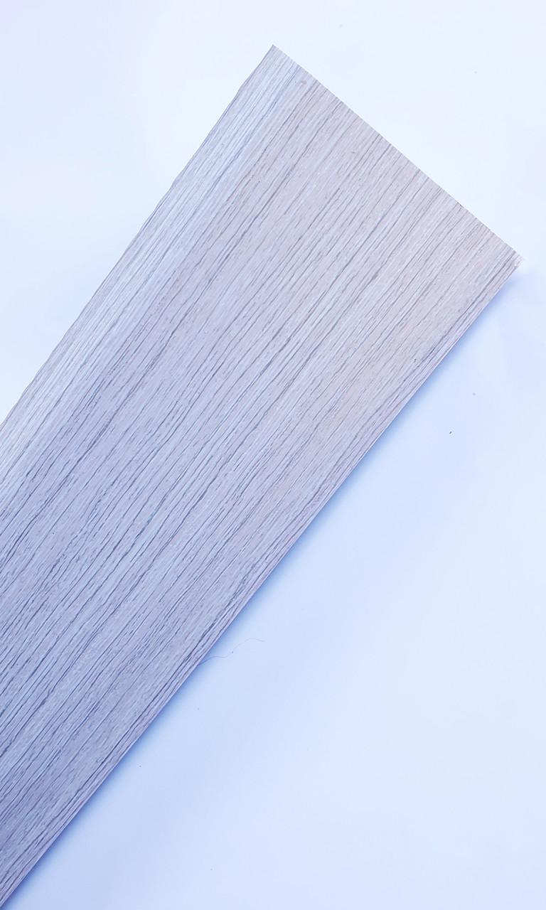Плинтус пластиковый ИДЕАЛ Система 253 Ясень Серый