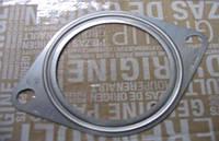 Прокладка трубы выхлопа газа Renault Trafic / Vivaro 1.9dci 01> (OE RENAULT 7700836094)