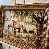 Картина з янтаря Лошади у водопоя, картина з бурштину коні біля водойми 30x40 см, фото 3