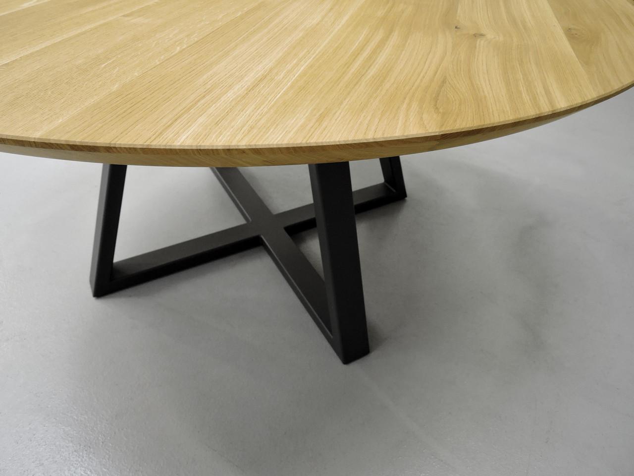 artmeta_table_ronde_x_en____bois_massif_1_copier.jpg