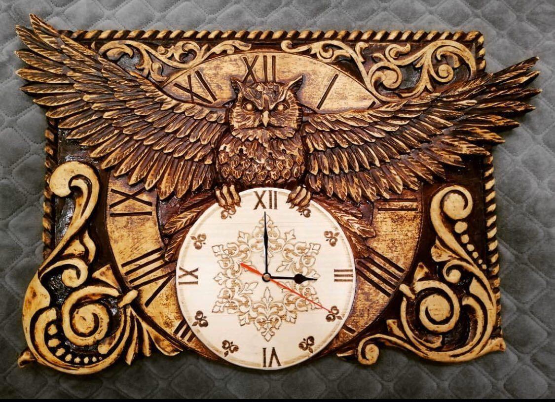 Часы настенные, ручная резьба + выжигание