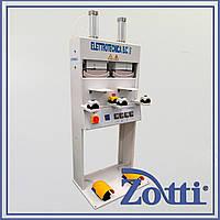 Машина для приклеивания подноска mod. 129/2S. Elettrotecnica bc (Италия).