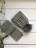 Зимний вязаный тёплый набор шапочка и шарф с натуральным меховым бубоном ручной работы для мальчика и девочки., фото 5