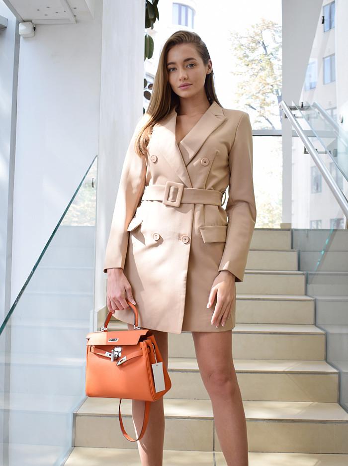 Платье-пиджак с широким поясом