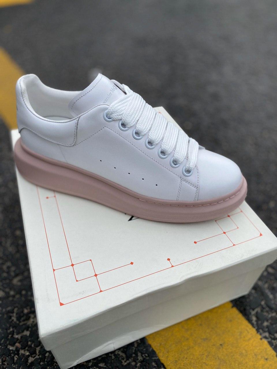 Стильні кросівки Alexander McQueen White|Pink LUX QUALITY (Олександр Маквин)