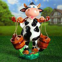 Декоративная корова для сада с ведрами кашпо 47 см гипс
