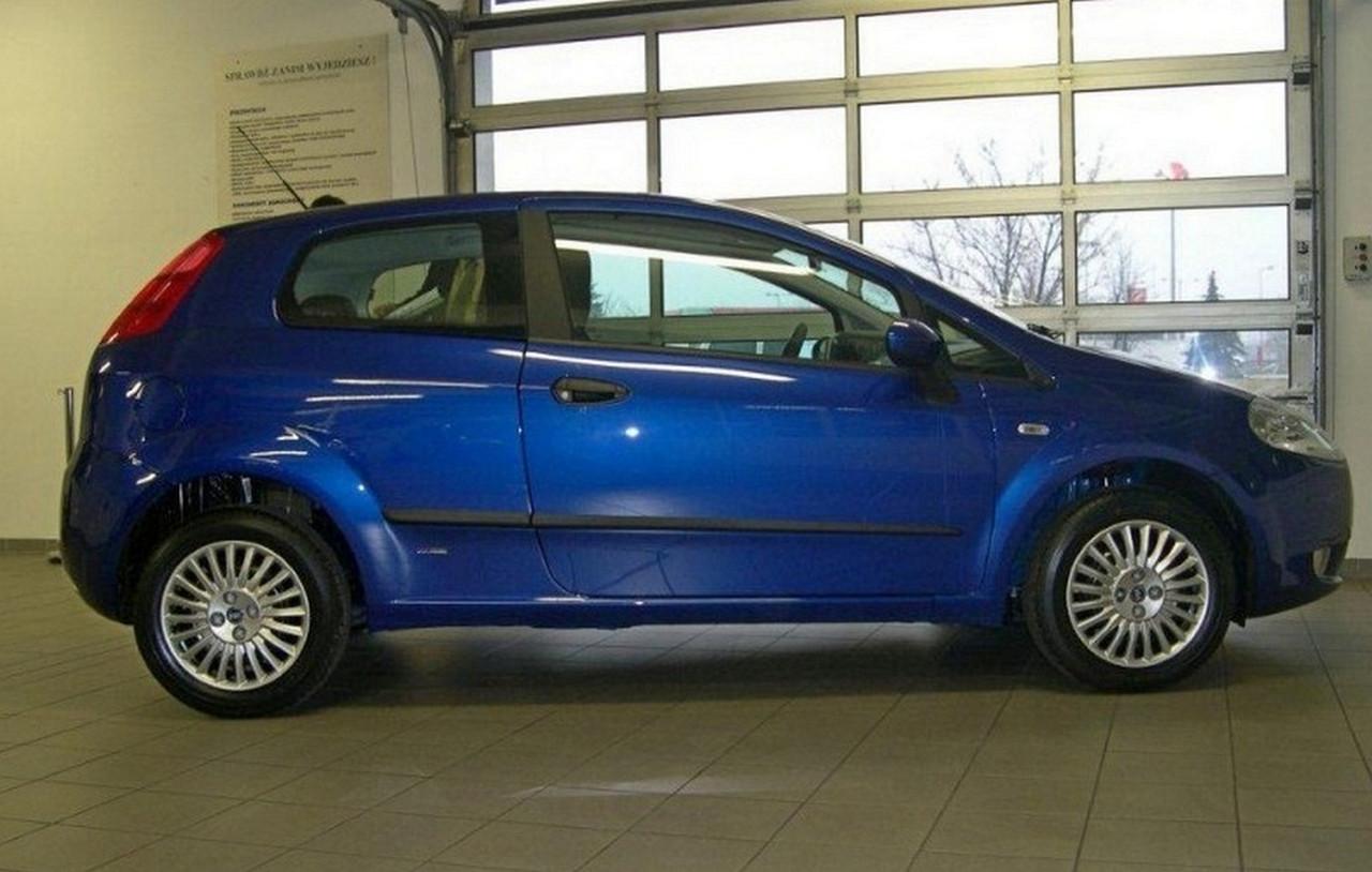 Молдинги на двері для Fiat Grande Punto 3Dr 2005-2009, Punto Evo 3Dr 2009-2012