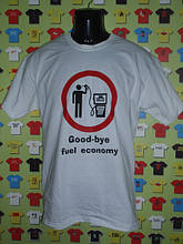 Автомобильные футболки, кепки и аксессуары