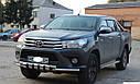 Защита переднего бампера (передний ус SHARK) Toyota Hilux 2015+, фото 2