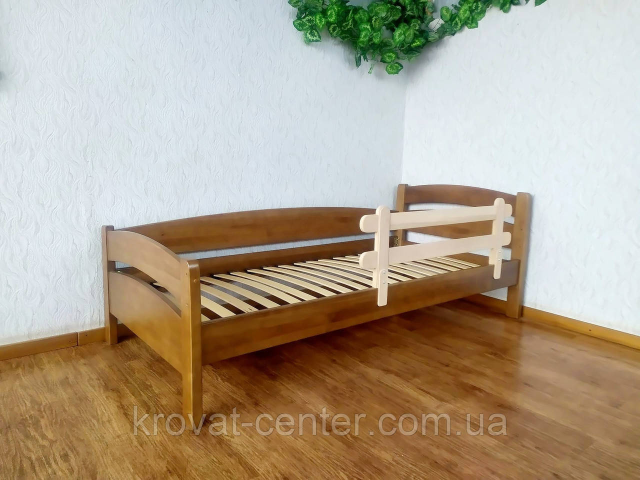 """Ліжко дитяче з захисним бортиком з масиву дерева від виробника """"Березня"""" (світлий дуб)"""