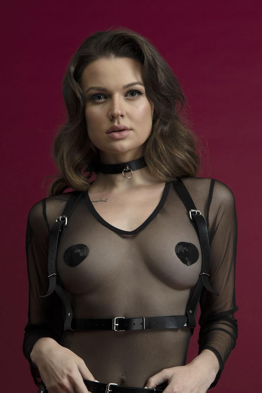 Портупея на грудь Feral Feelings - Harness Top, натуральная кожа, цвет черный