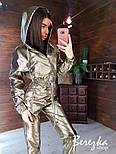 Перламутровый кожаный брючный костюм с укороченным бомбером на молнии vN7168, фото 3