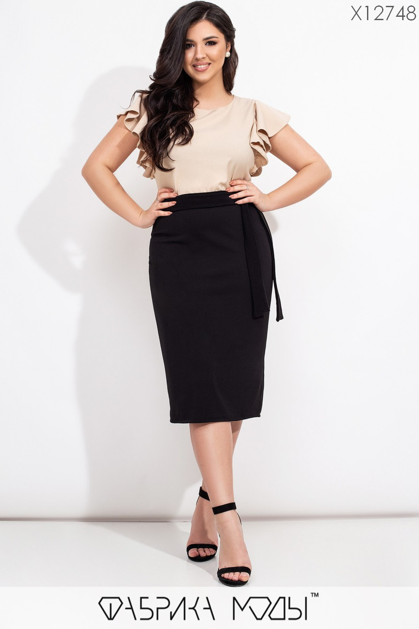Женская юбка карандаш в больших размерах из структурного трикотажа с разрезом сзади vN7274