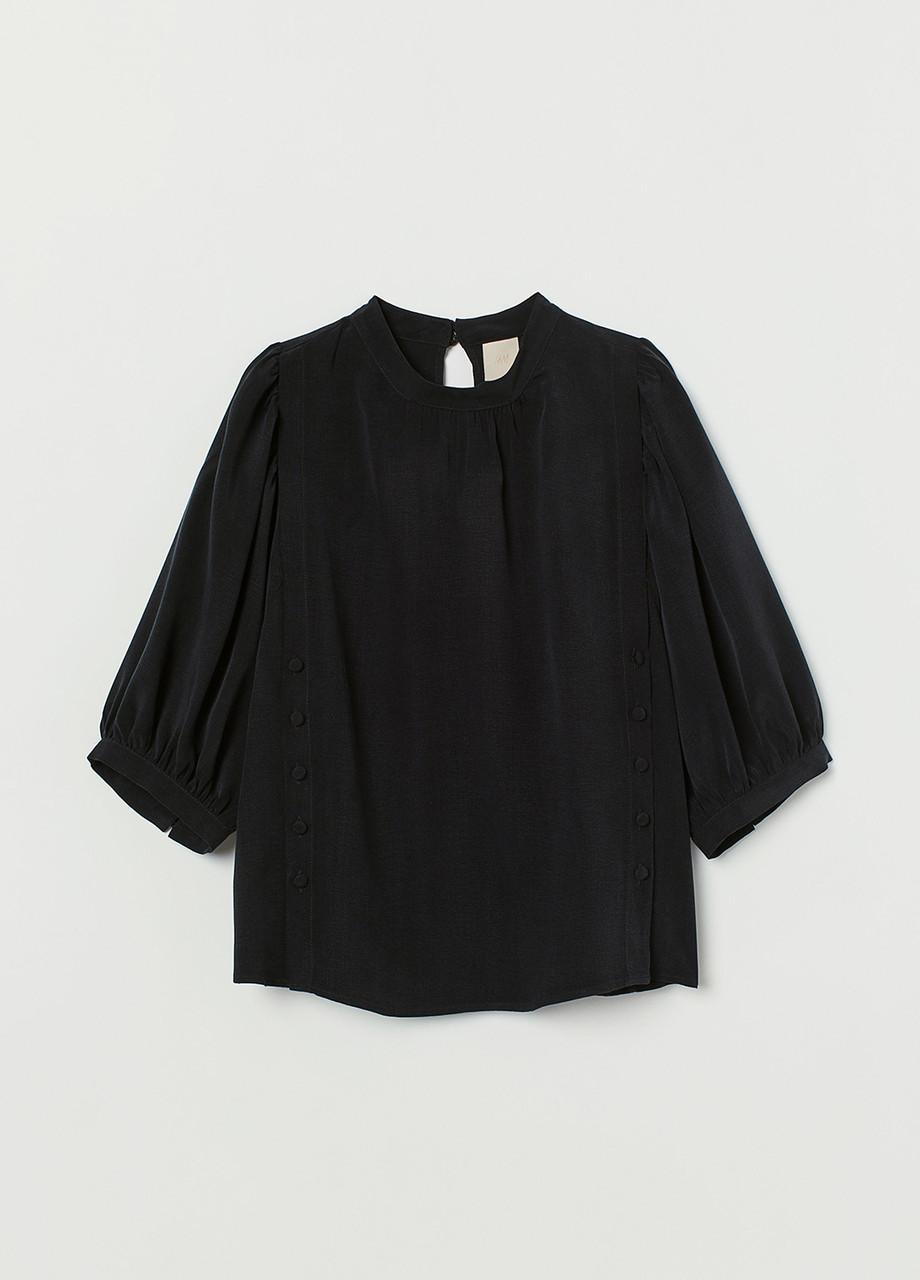 Черная однотонная блузка H&M демисезонная