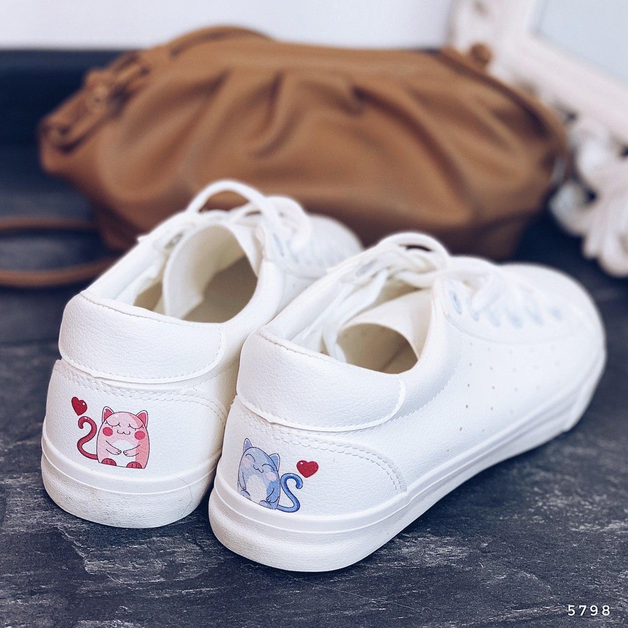 Кросівки жіночі білі. Кросівки жіночі з еко шкіри. Кеди жіночі. Мокасини жіночі. Кріпери жіночі