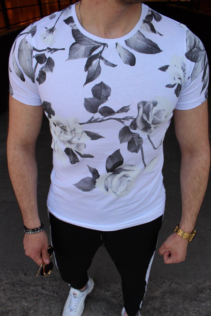 Мужская футболка в цветочный принт M033 белая