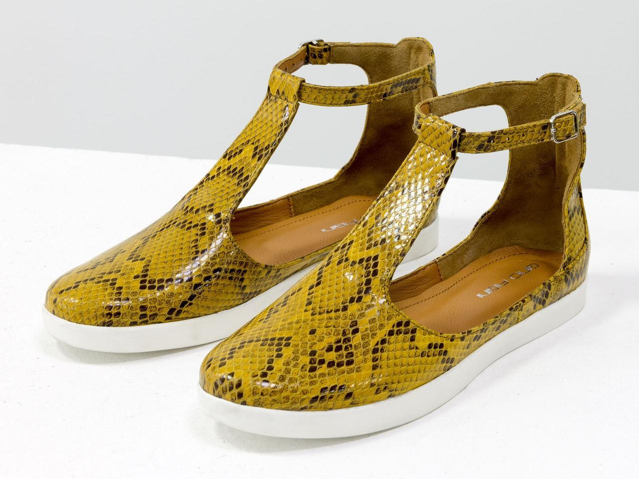 Удобные и легкие летние туфли в из эксклюзивной натуральной итальянской кожи горчичного цвета
