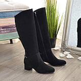 Сапоги черные женские замшевые на устойчивом каблуке, декорированы цепью, фото 2