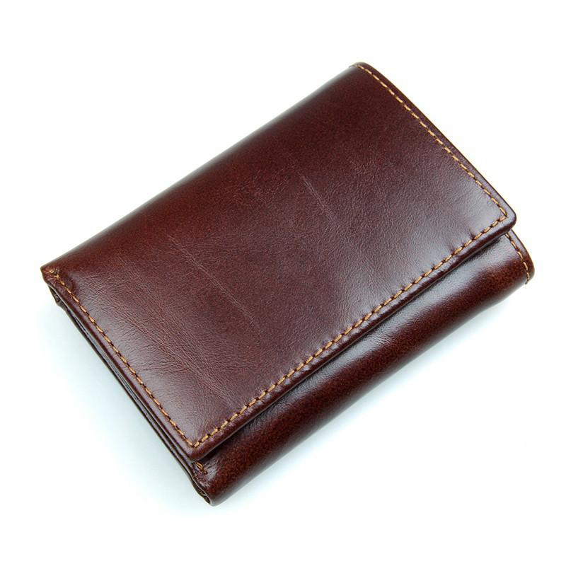 Кожаный вместительный кошелек R-8105Q